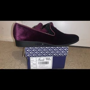 Almali Plum Dress Shoes Size 7.5 men